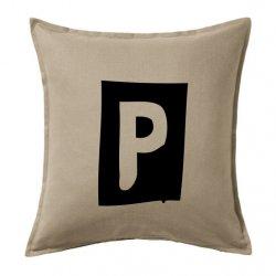 Cojín decorativo vintage o retro con la inicial P en color negro