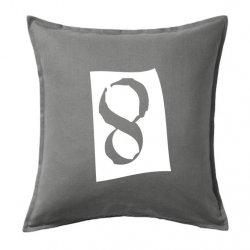 Cojines decorativos con el número 8 en color negro
