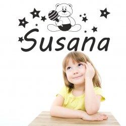 Vinilos decorativos infantiles con el nombre Susana con osito